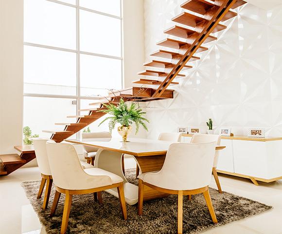 Decoração embaixo da escada: 10 ideias para sua casa | Blog Copafer